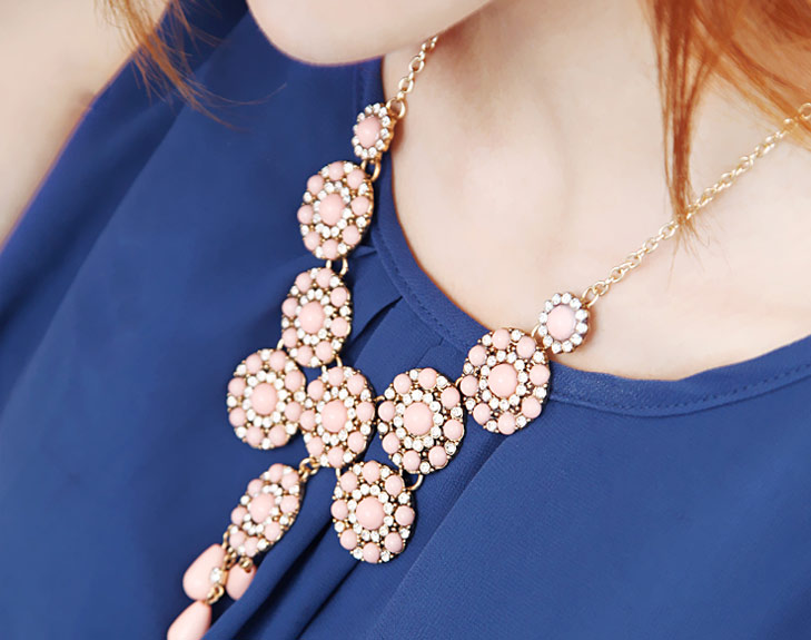 beads necklace @TheRoyaleIndia