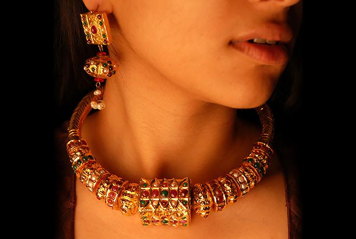 beads neckpiece @TheRoyaleIndia