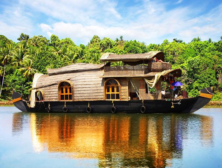 Wedding Destination Kerala @TheRoyaleIndia