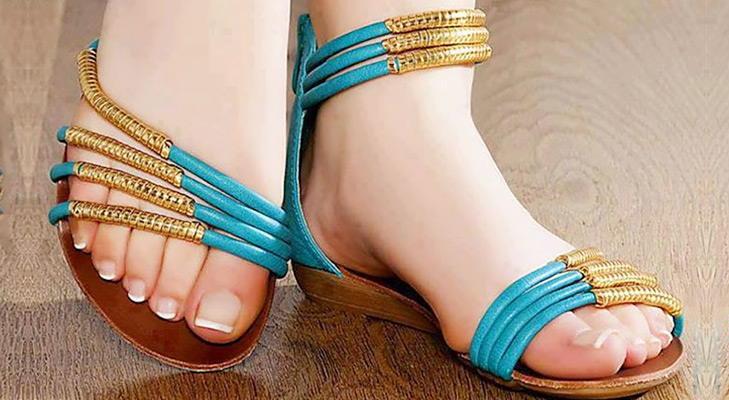 Flats Footwear @TheRoyaleIndia