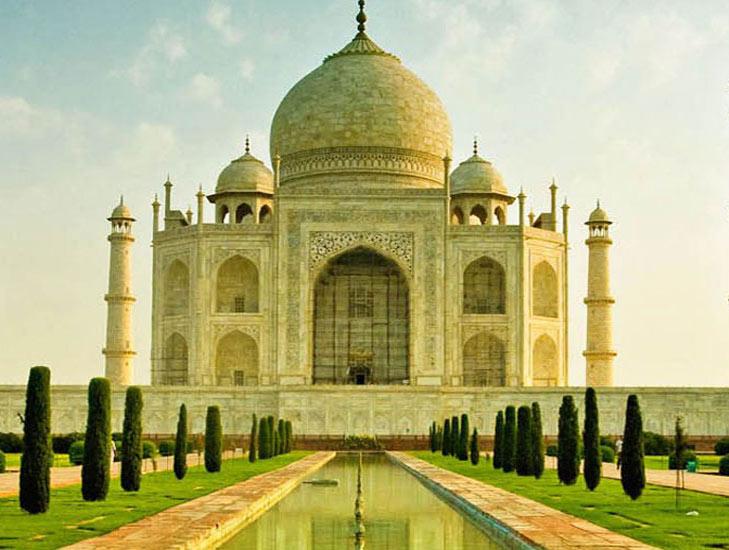 Taj Mahal Agra @TheRoyaleIndia