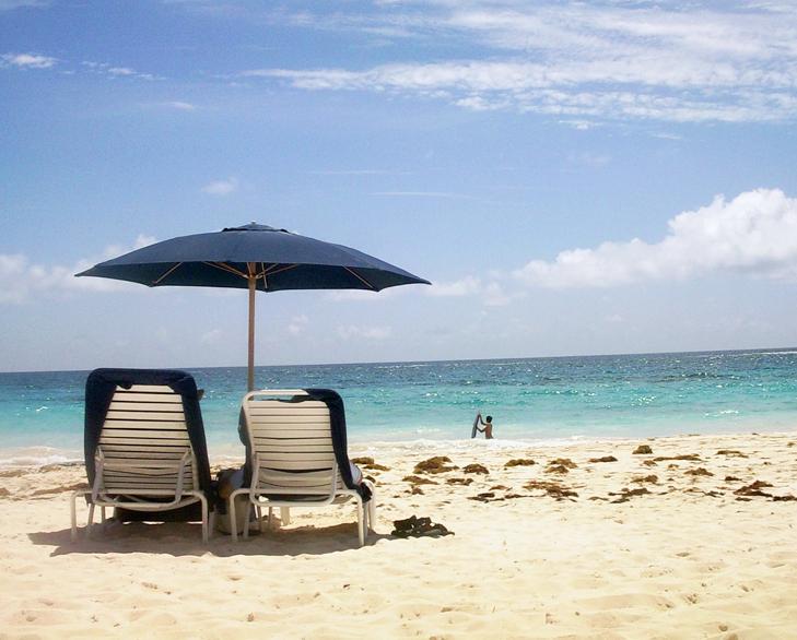 best beach in bermuda @TheRoyaleIndia