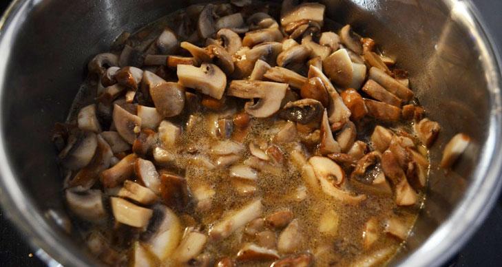 Mushroom Cooked In Wine @TheRoyaleIndia