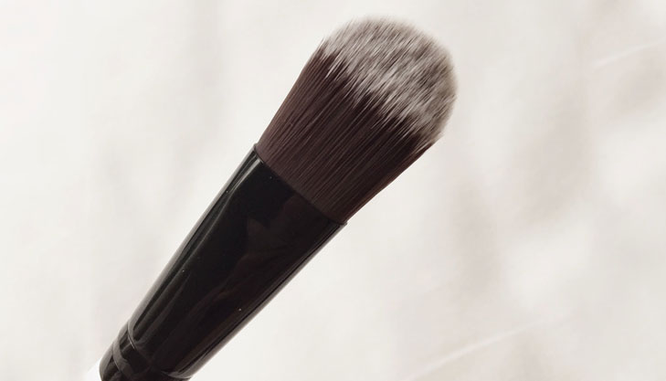 classic foundation brush @TheRoyaleIndia