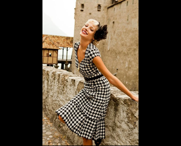 houndstooth dress @TheRoyaleIndia