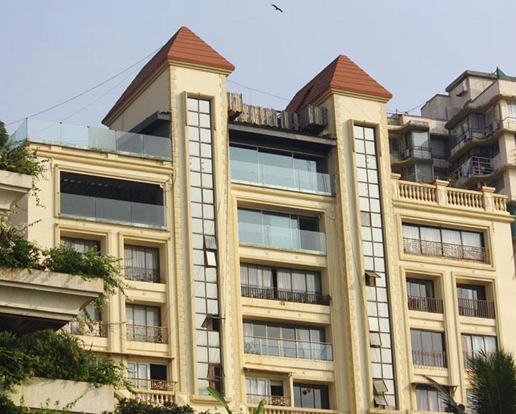 john abraham penthouse @TheRoyaleIndia