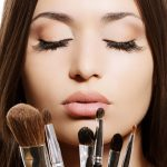 5 Must have brushes in your hand bag