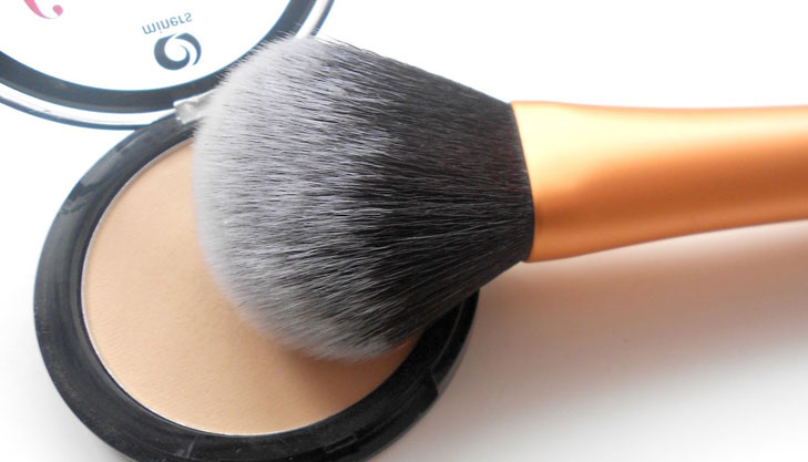 powder brush @TheRoyaleIndia