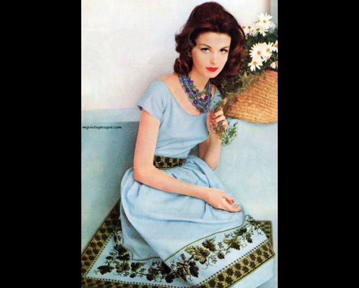 vintage border print fashion @TheRoyaleIndia
