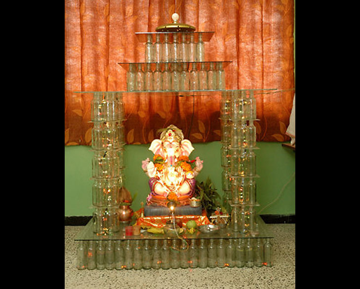 Ganpati decoration ideas for home the royale for Background decoration for ganpati