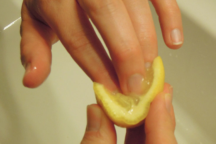 clean nails lemon @TheRoyaleIndia
