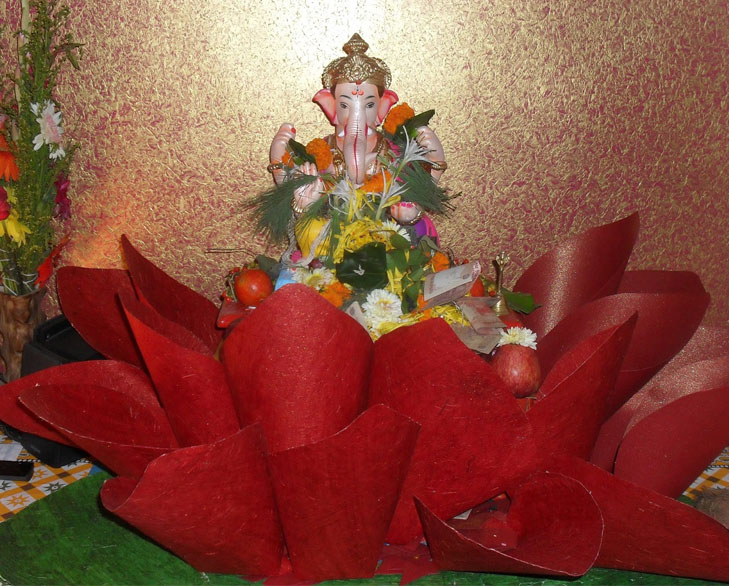 crafts paper ganesh chaturthi decor @TheRoyaleIndia