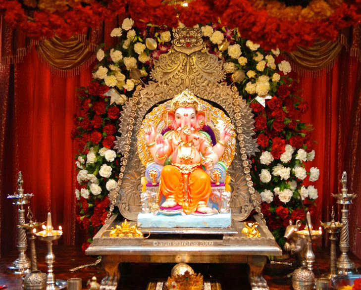 Ganpati decoration ideas for home the royale for Decoration ganpati