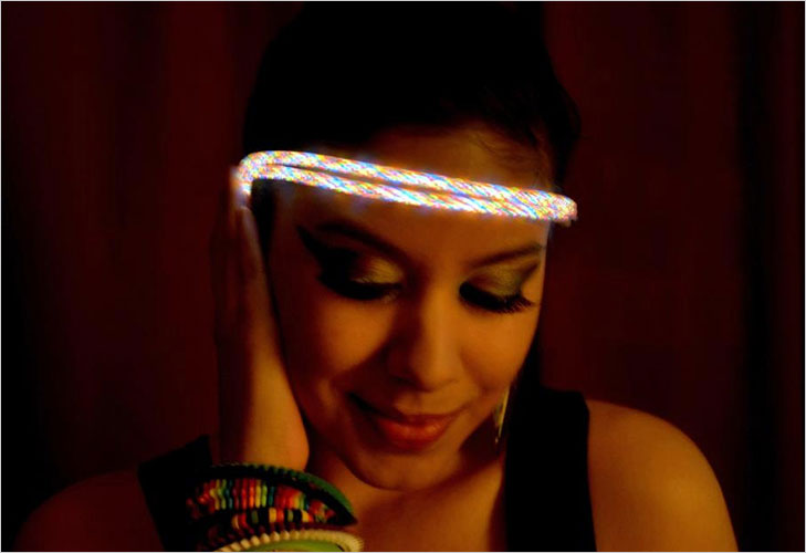 Glow-in-the-dark Bands @TheRoyaleIndia