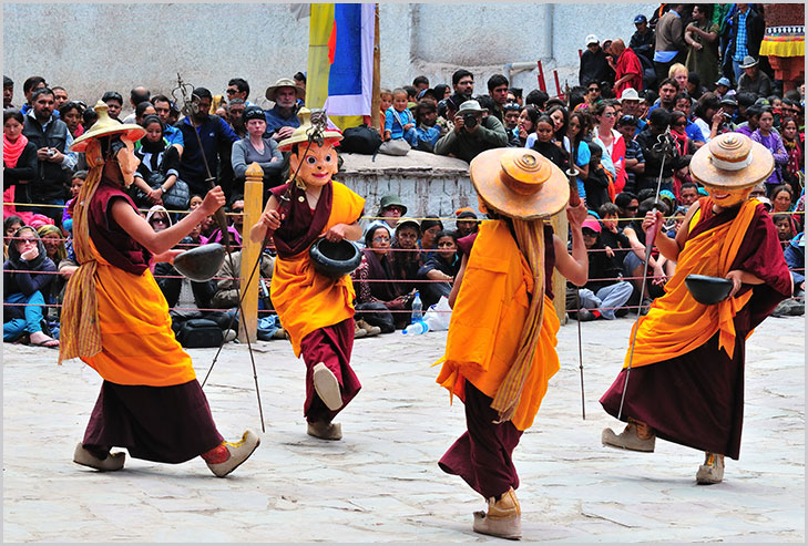 ladakh festival buddhists @TheRoyaleIndia