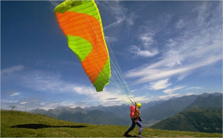 paragliding take off @TheRoyaleIndia
