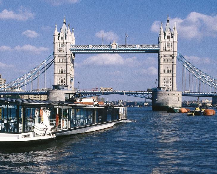 cruise ride thames london @TheRoyaleIndia