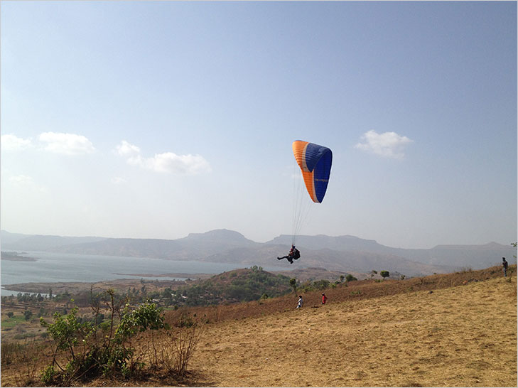 Kamshet paragliding new year @TheRoyaleIndia