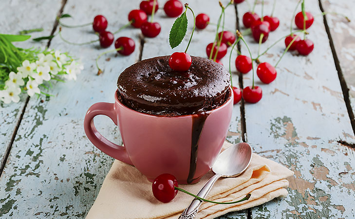 Mug cake chocolate @TheRoyaleIndia