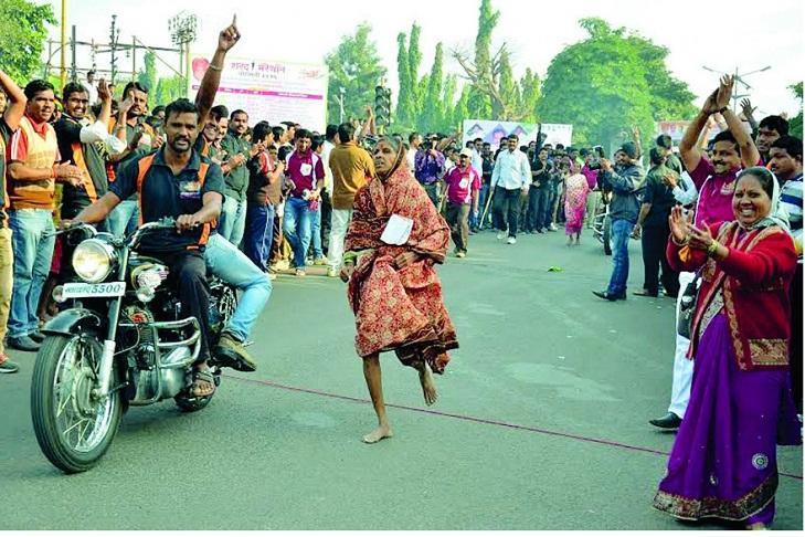 Lata Kare Saree Runner @TheRoyaleIndia