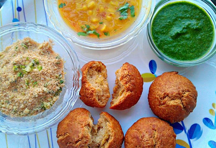 Dal bati churma rajasthani cuisine @TheRoyaleIndia