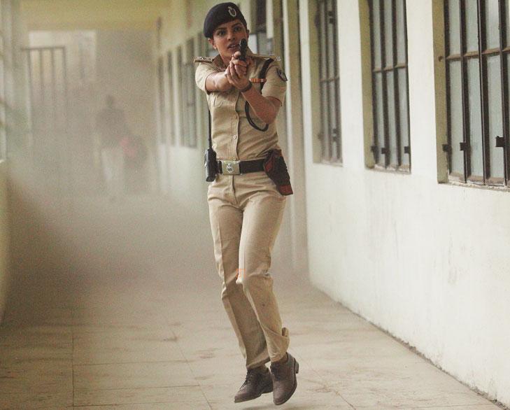 Jai gangajal priyanka stunt @TheRoyaleIndia