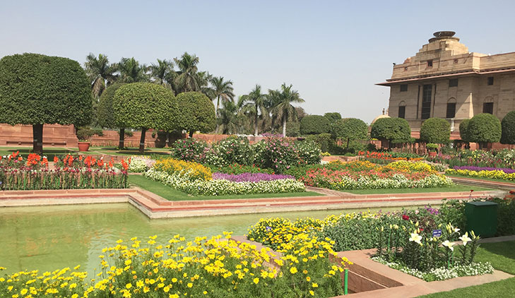 Mughal garden delhi open public february @TheRoyaleIndia