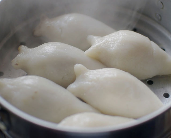 Steam yomari
