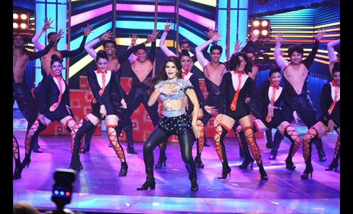 Jacqueline miss india 2016 performance @TheRoyaleIndia