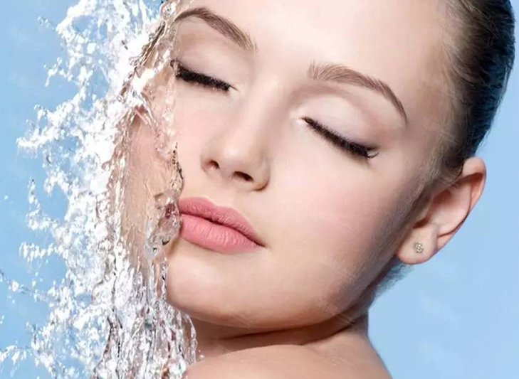 Summer water resistant makeup @TheRoyaleIndia