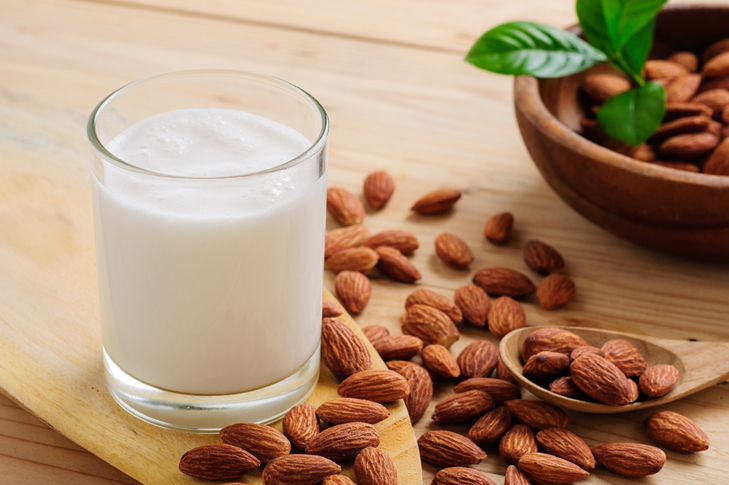 Almond powder milk dark lips home remedy