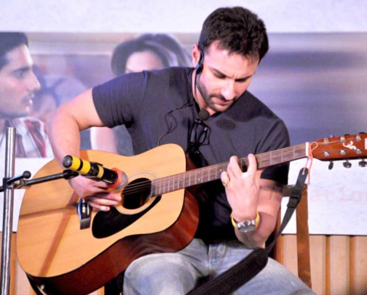 Bollwood stars talents saif ali khan guitar singing @TheRoyaleIndia