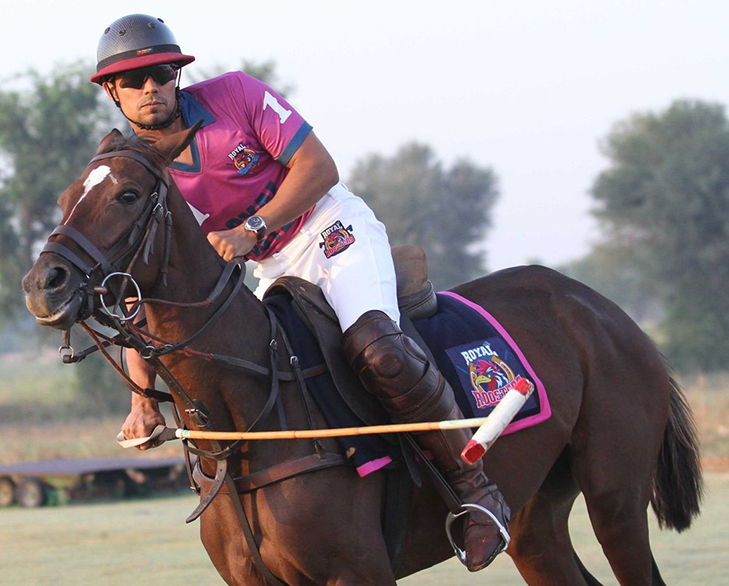 Bollywood celebrities hidden talents randeep hooda polo player @TheRoyaleIndia