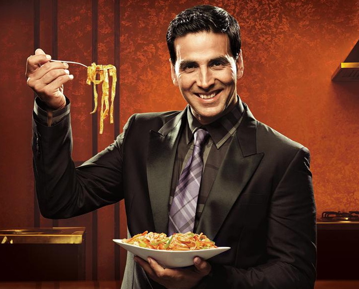 Bollywood celebrities hobbies akshay cooking @TheRoyaleIndia