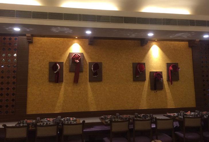 maharaja thaal rajsathani theme restaurant @TheRoyaleIndia