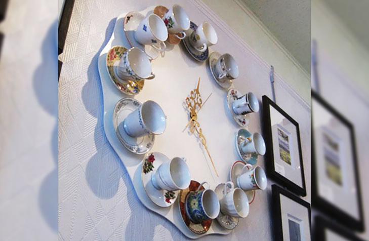 Spoon cup wall clock
