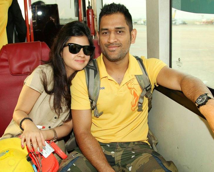 Dhoni sakshi meet kolkata @TheRoyaleIndia