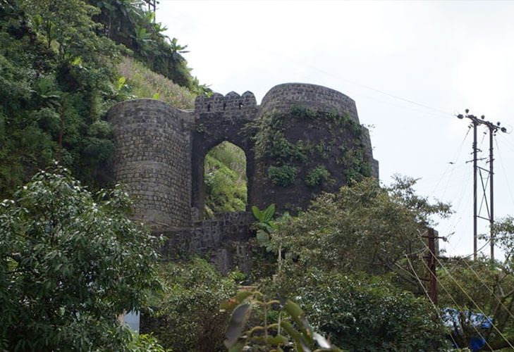 Sinhgarh fort haunted places pune @TheRoyaleIndia