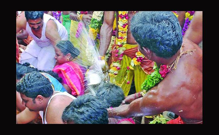 aadi festival coconut breaking head @TheRoyaleIndia