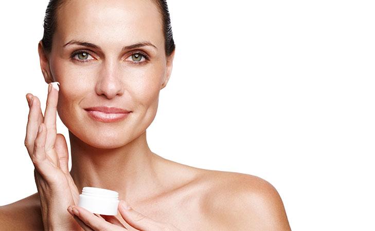 No-makeup look moisturiser primer @TheRoyaleIndia