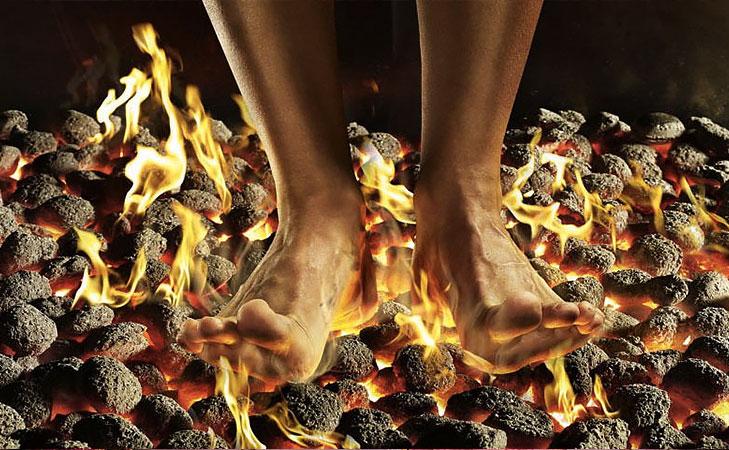 theemithi firewalking @TheRoyaleIndia