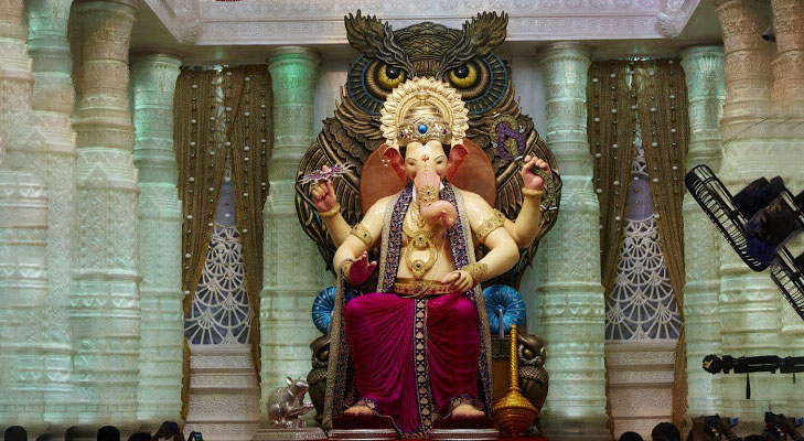 Lalbaughcha raja 2016 first darshan @TheRoyaleIndia