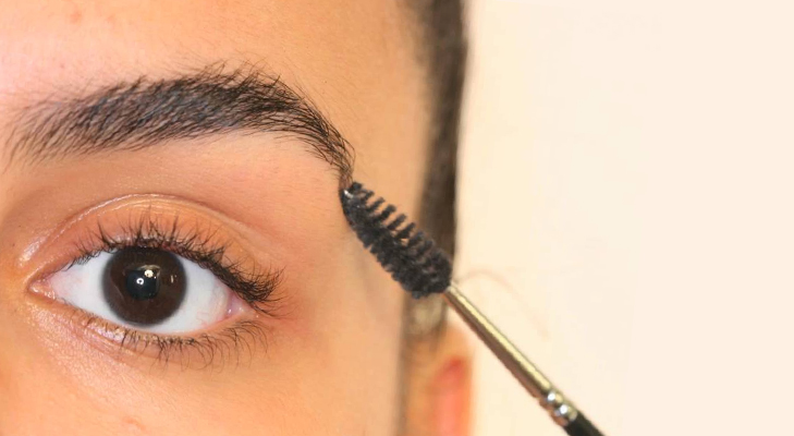 awake fresh look tips spoolie brush eyebrow lift @TheRoyaleIndia