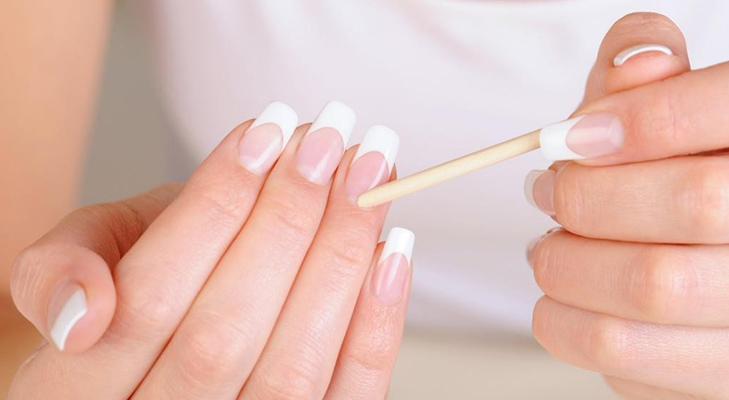 coconut oil beauty benefits cuticles beautiful nails @TheRoyaleIndia