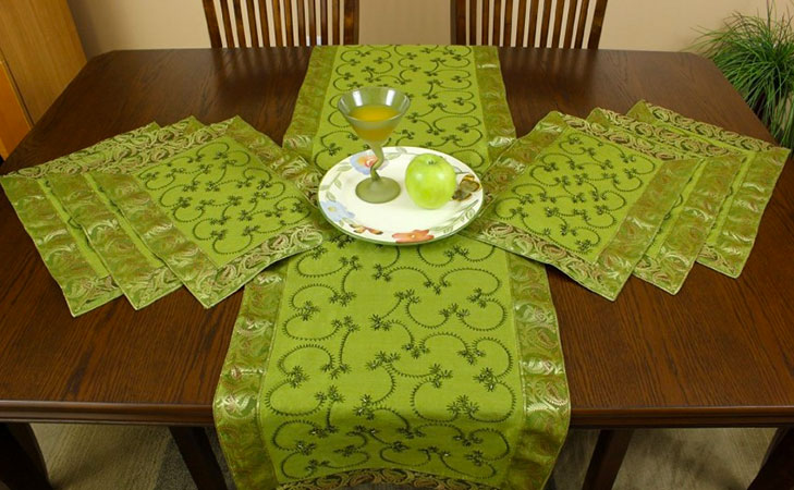 repurpose old sarees placemats @TheRoyaleIndia