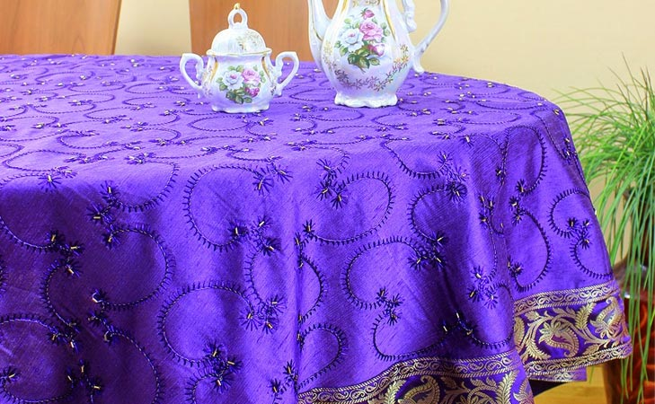 repurpose old sarees table cover @TheRoyaleIndia