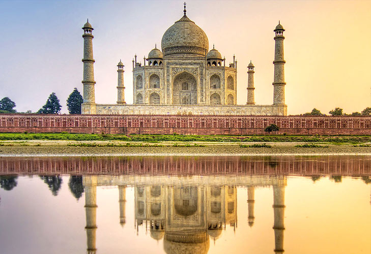 spend january long weekend at agra @TheRoyaleIndia