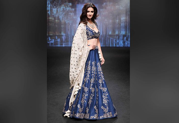 Showstopper Disha Patani for Jayanti Reddy at LFW SR 17 @TheRoyaleIndia